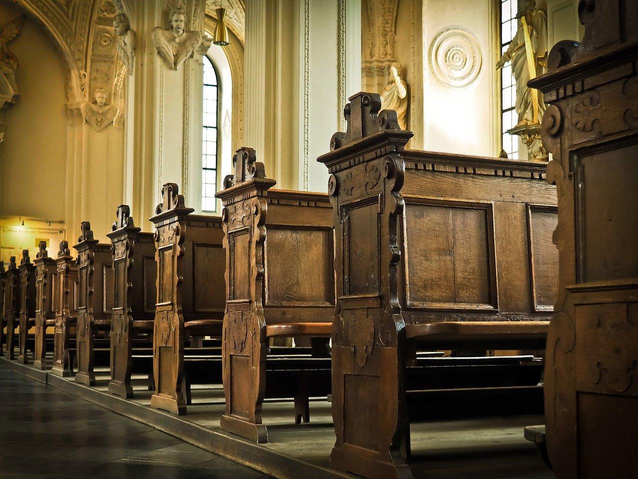Hanson-&-Co---Catholic-church-names-more-sexually-abusive-priests,-more-victims-come-forward